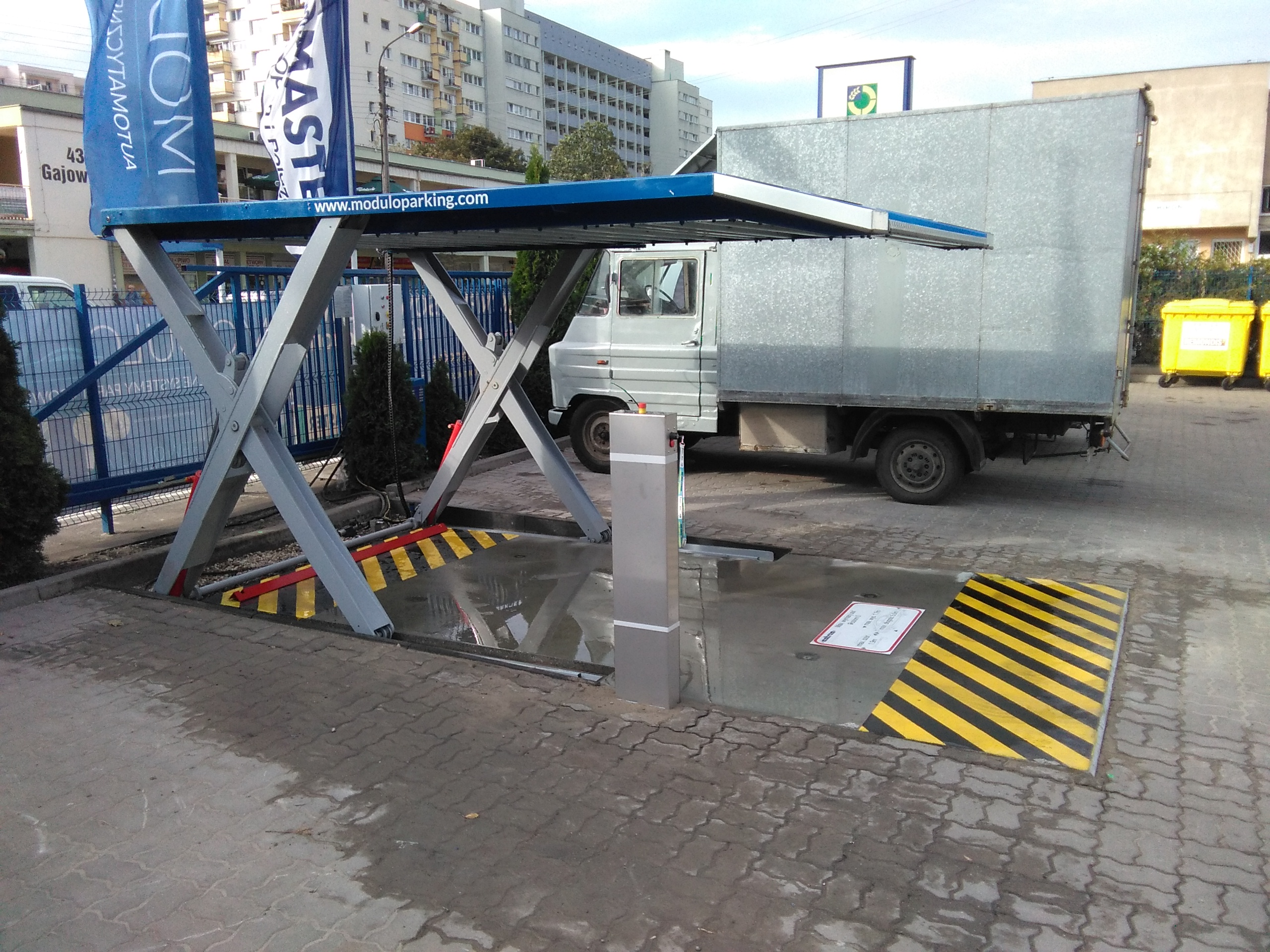 Premierowa realizacja systemu parkingowego Modulo Scissors